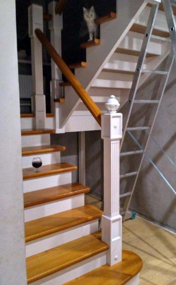 Заказать лестницу в дом на второй этаж - lascalagrande.ru