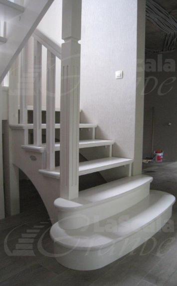 лестница из дерева в дом на второй этаж Всеволжск