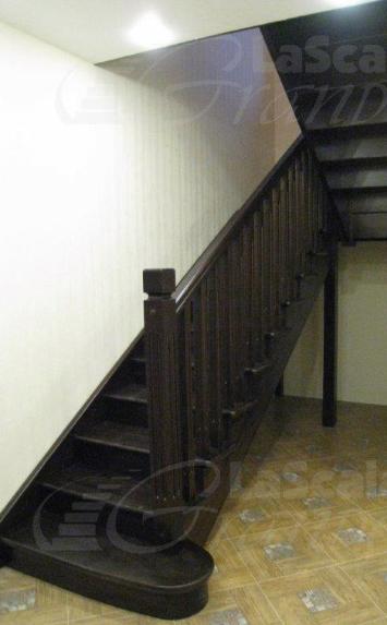 Лестница деревянная в дом - lascalagrande.ru