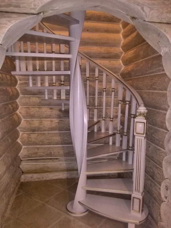 Винтовая лестница белорусского производства