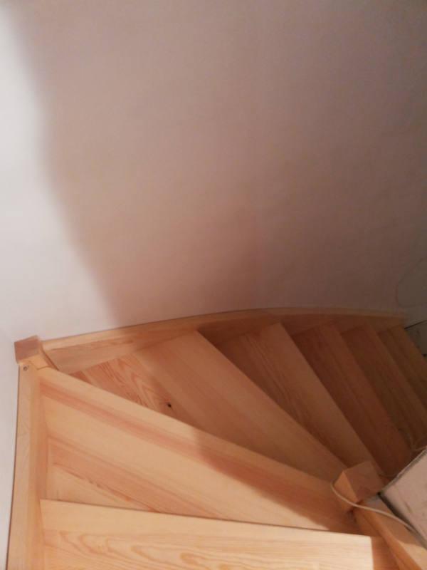 Сосновая лестница - изготовление в Беларуси