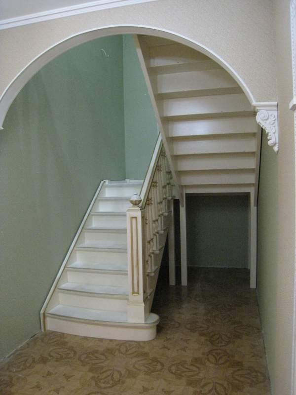 Дубовая лестница с баллюстрадой, Санкт-Петербург