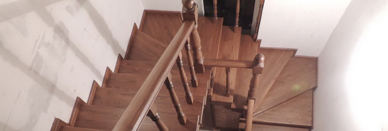 Деревянная лестница: как подготовить дом к установке