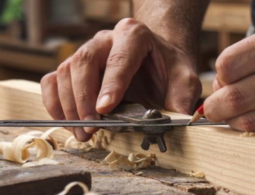 Кому заказать изготовление деревянной лестницы? Обзор производителей