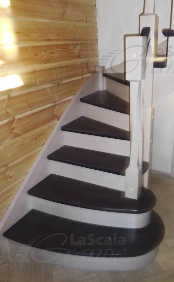 Заходные ступени деревянной лестницы ласкалагранде - lascalagrande.ru