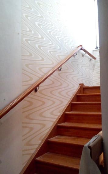 Фаниполь, лестница из дерева на второй этаж дома - lascalagrande.ru